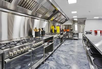 storkök i stålborstat stål